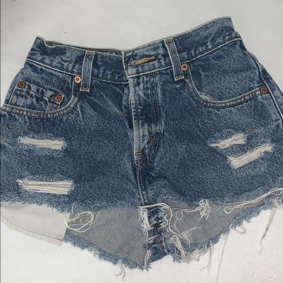 Distressed Levi's Short Shorts